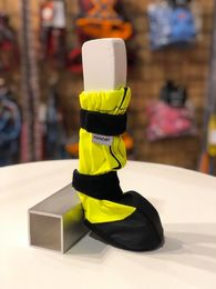 KURA protection booties neon yellow