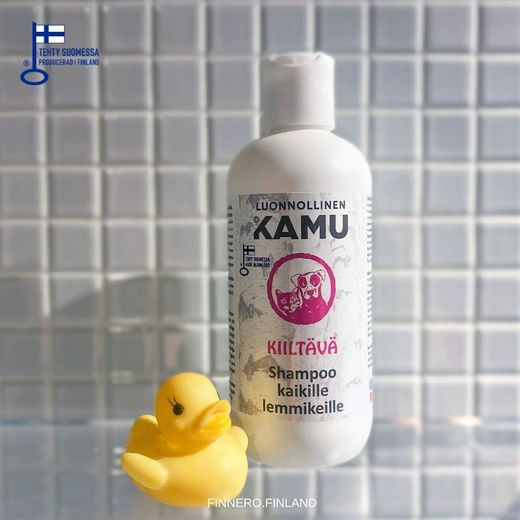 KAMU Glossy shampoo good for long and tangled fur. photo: Linda Rasi