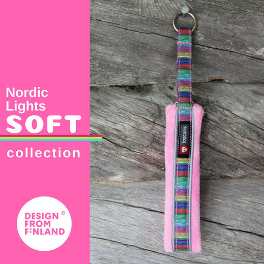 Nordic Lights Soft pink collar